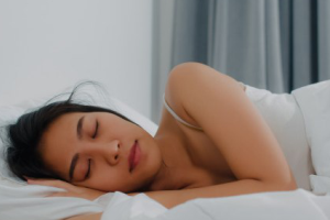 3 Soluções para acabar com a insônia na menopausa