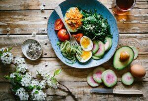 tipos de salada para a menopausa