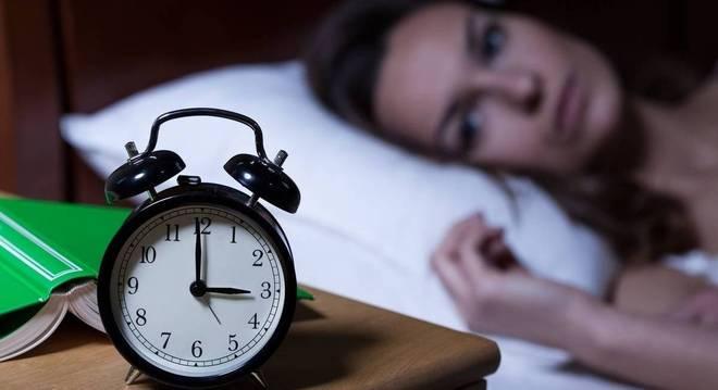 Como a insônia influência na vida da mulher na menopausa