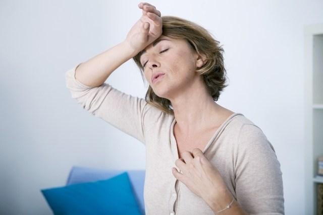 Vencer os calores e insônia durante a menopausa  é possível.